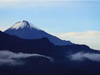 南米・エクアドルにそびえる富士山のような美しい山(ただし、登頂はものすごくたいへん)